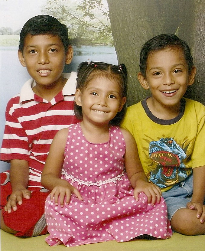lupita and her brothers
