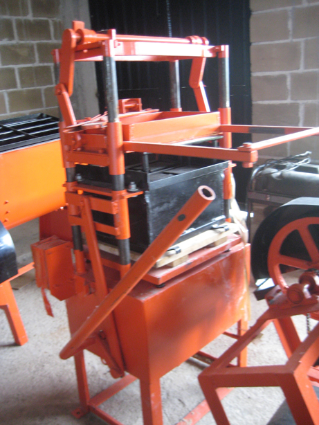 Block press